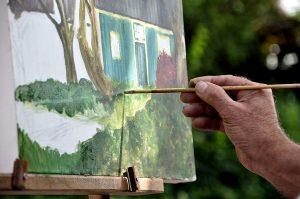 aan het schilderen
